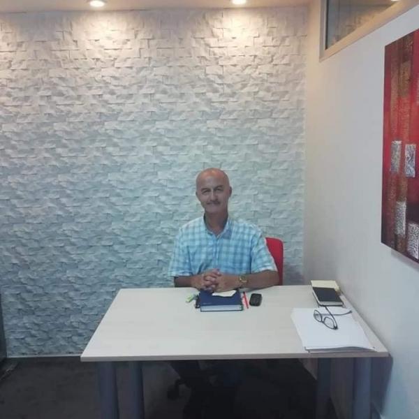 Aykut  Akova